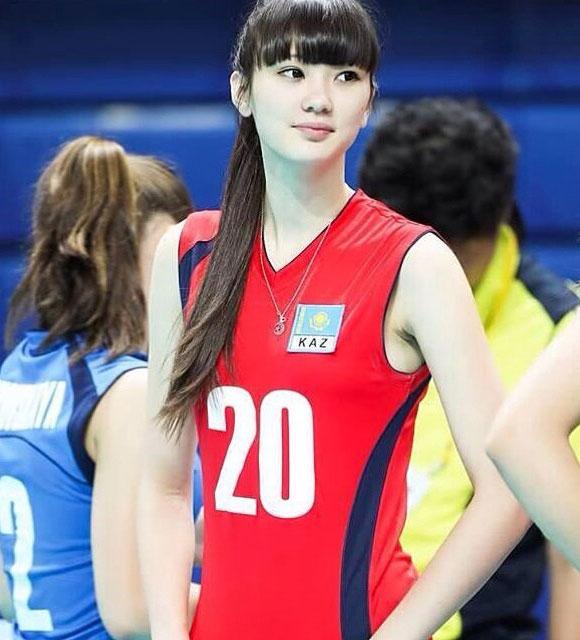 バレーボール選手サビーナ・アルシンベコバ来日!美しすぎる長身美女