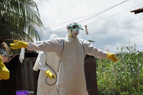 エボラ出血熱日本対策