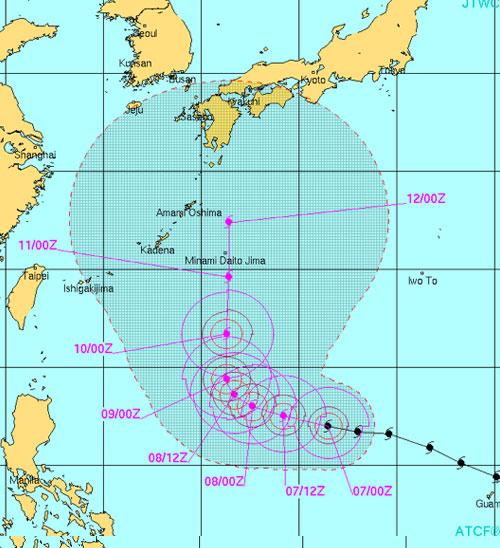 台風19号米軍進路予想 沖縄